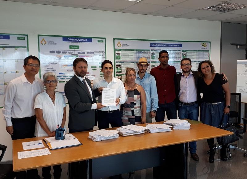 Entrega assinaturas Câmara+Barata 16 10 2018